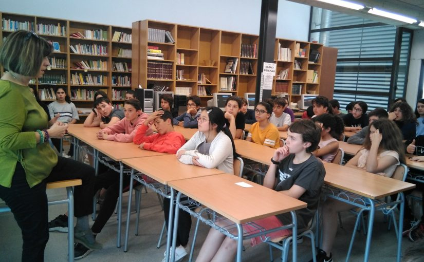 Ana Alcolea visita el Institut Llavaneres